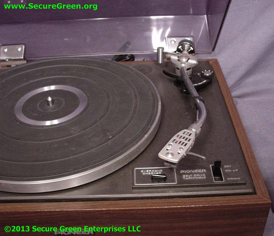 Vintage Pioneer LP Record Turntable